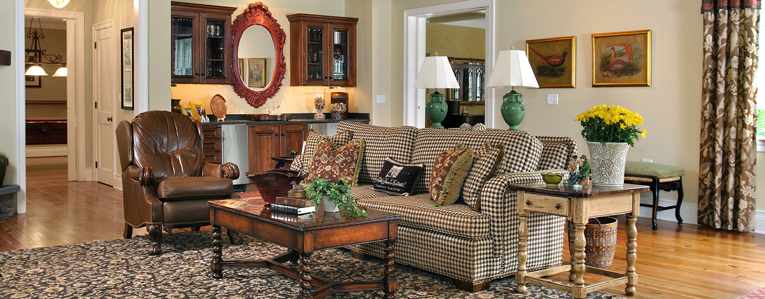 Traditional Vaulted Family Room with Bar Fort Washington