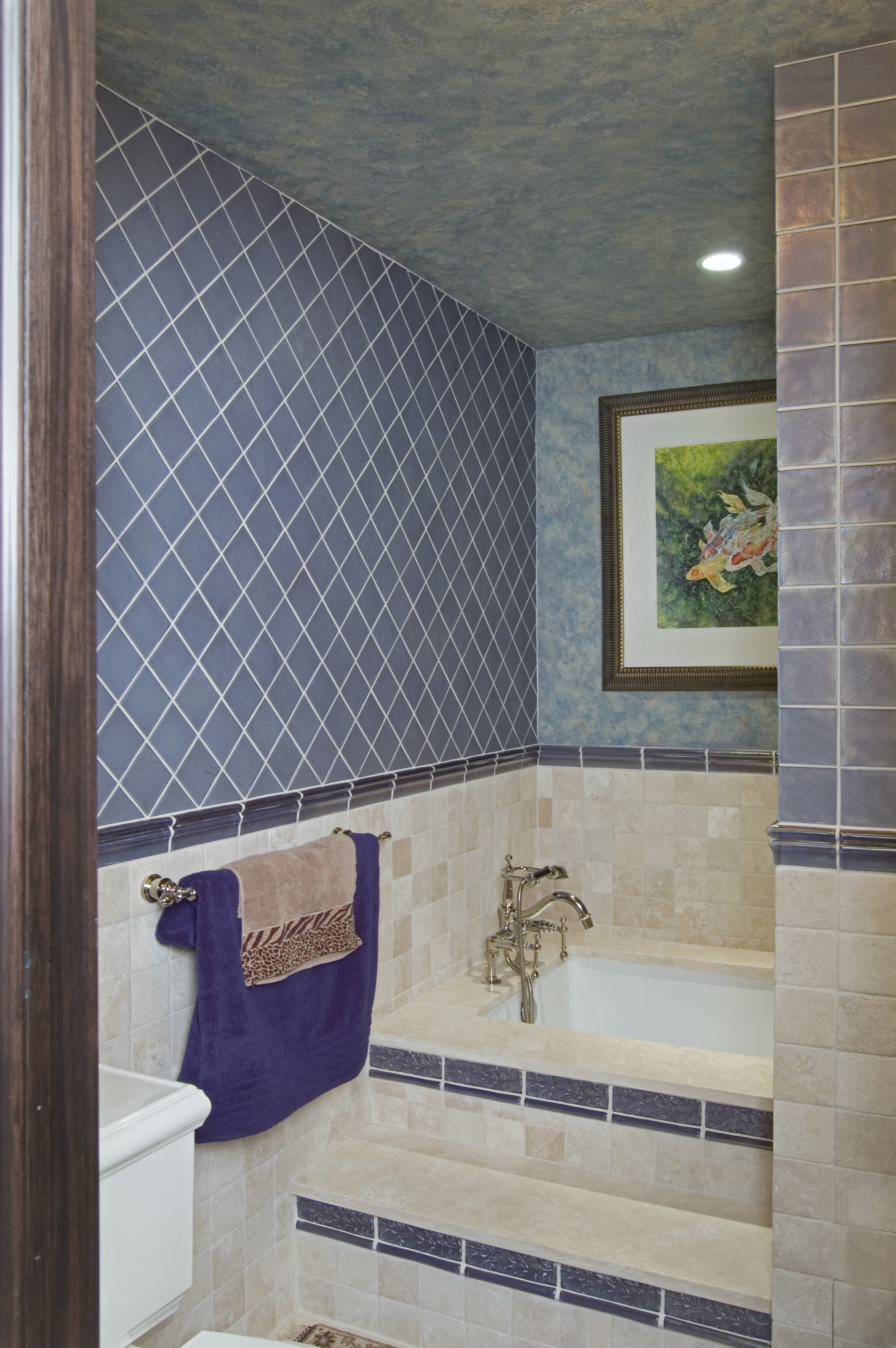 Hall Bath with Soaking Tub After Condo Renovation Philadelphia